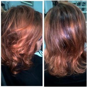 ...ja niillä sai tehtyä mm. tämmöistä tukkaa :) Kun oli joutavaa aikaa paikan omistaja Petra antoi minun värjätä Wilman hiukset :)